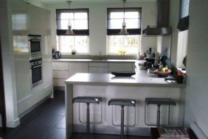 keuken voorzien van nieuwe deurtjes (4)