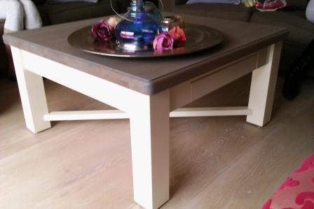 Salontafel met massief eiken blad in grey finish