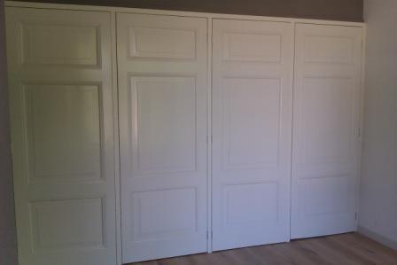 inbouw kastenwand met oude deuren