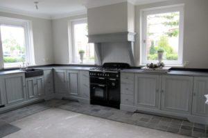 nieuwe keuken grijs gelakt (2)