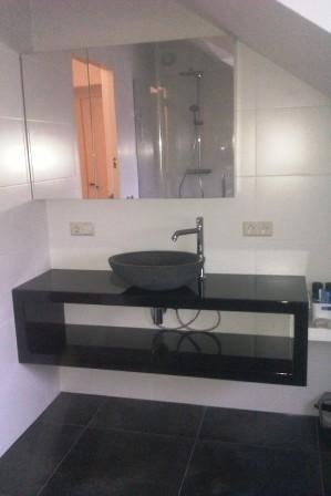 wastafel meubel met spiegelkast (2)